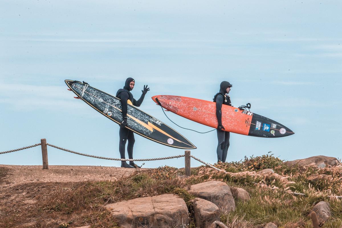 João e Daniel em Punta de Lobos, no Chile, por Ailton Souza