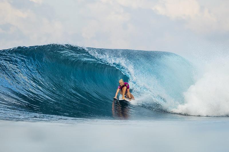 Surf feminino - Tati W. Webb