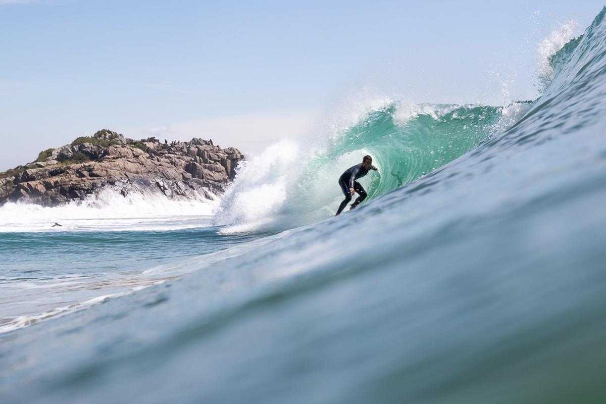 surf na praia do matadeiro